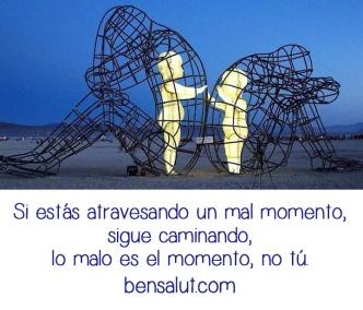 mal_momento_caminando